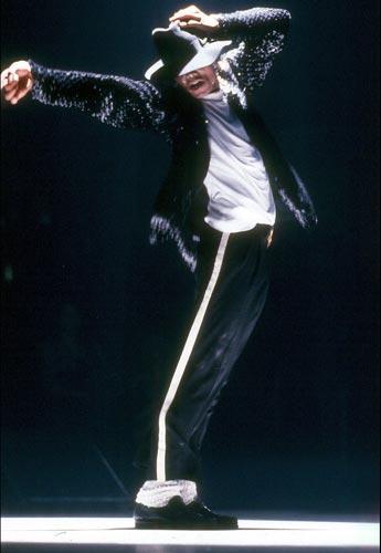 Mj balla la sua canzone più famosa: Billie Jean