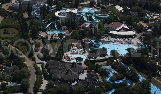 foto parco aquafan dall'alto